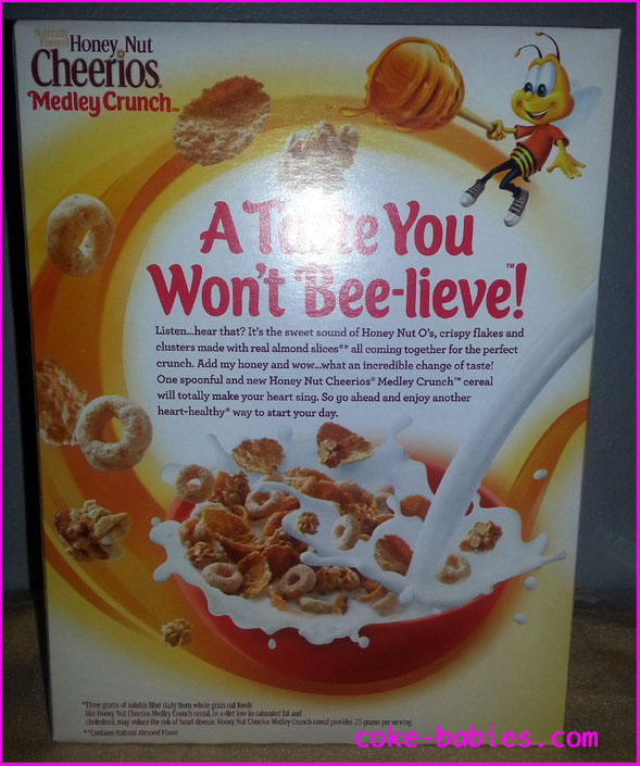 Cereal review honey nut cheerios medley crunch peanut butter while eating my expected issues did come true bites have an uneven texture and size this might be good for your jaw kind of like how running barefoot ccuart Choice Image